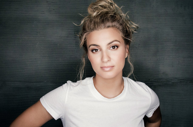 Tori Kelly at Ryman Auditorium